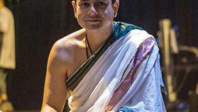 Professor fala sobre técnicas indianas em entrevista exclusiva e recebe homenagem do Primeiro - Ministro da índia