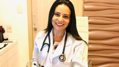 A prática da acupuntura eficiente pelas mãos habilidosas da médica Karine Coimbra